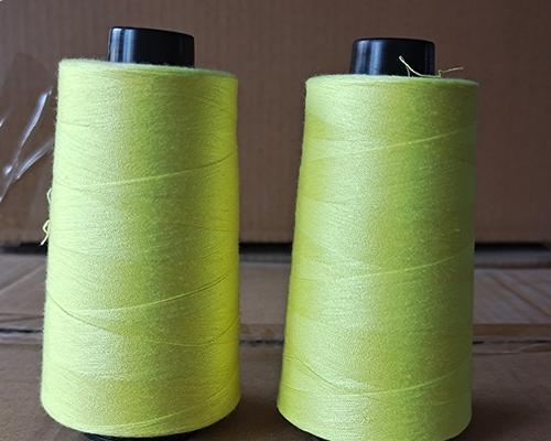 草绿色缝纫线
